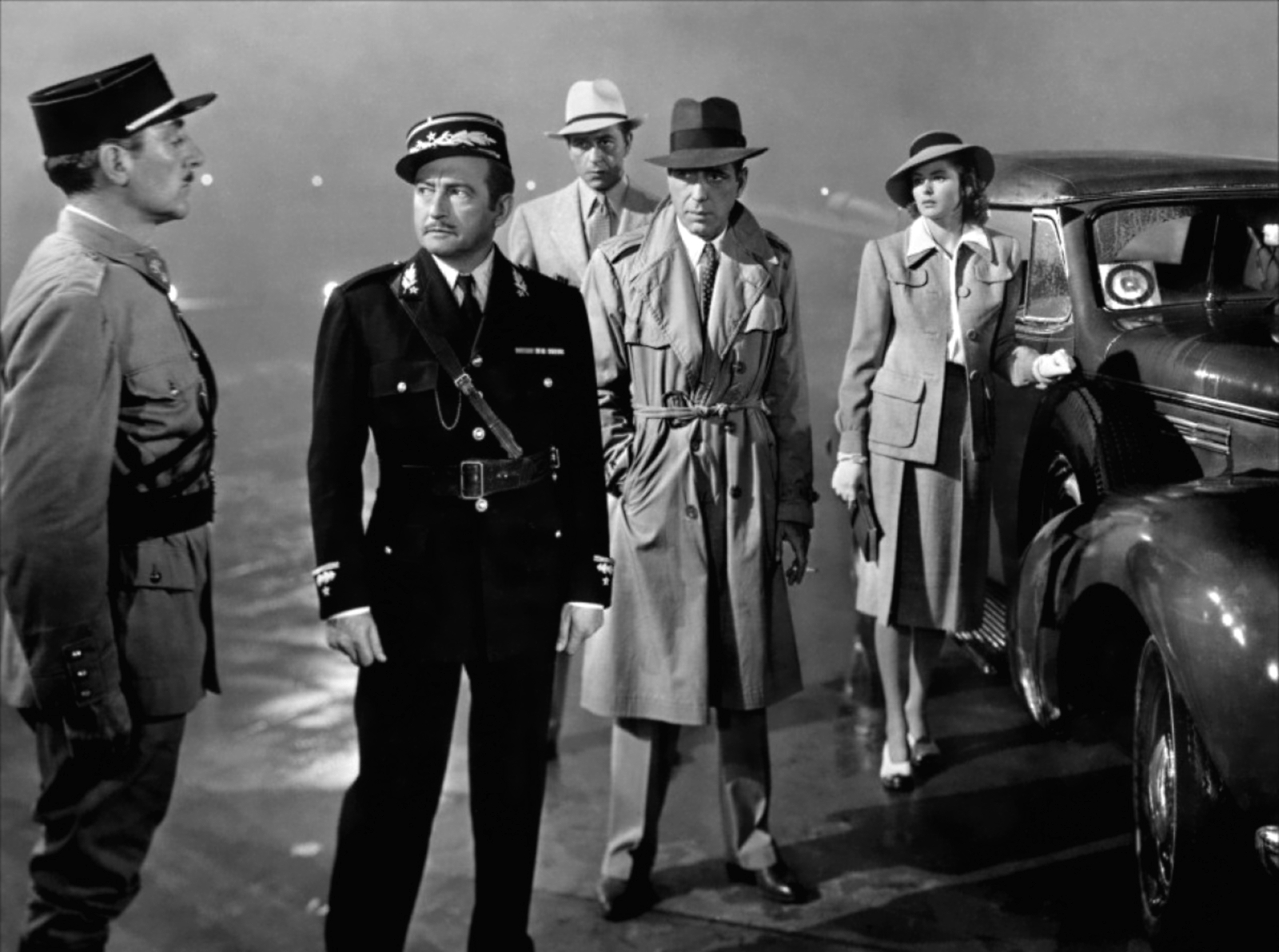 Casablanca 1942 catwalk yourself for Famous black and white christmas movies