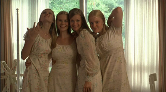 Fashion in Films 1990s The Virgin Suicides