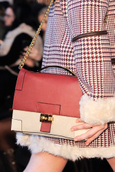 Trends_catwalk_yourself_AW13_bags_pastel_hilfiger