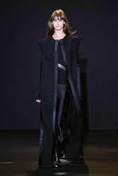 Trends_catwalk_yourself_AW13_cape_costume_national_2