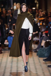Trends_catwalk_yourself_AW13_cape_hermes