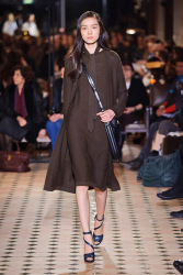 Trends_catwalk_yourself_AW13_cape_hermes_4