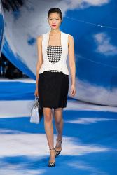 Trends_catwalk_yourself_AW13_dogtooth_dior_2