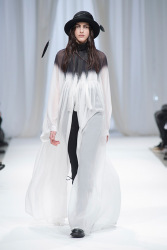 Trends_catwalk_yourself_AW13_gothic_ann_demeulemeester_3