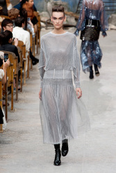 Trends_catwalk_yourself_AW13_grey_chanel_5