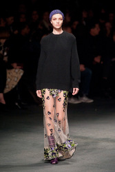 Trends_catwalk_yourself_AW13_grunge_givenchy_2