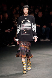 Trends_catwalk_yourself_AW13_grunge_givenchy_3