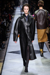 Trends_catwalk_yourself_AW13_leather_loewe_2