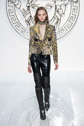 Trends_catwalk_yourself_AW13_punk_versace_4