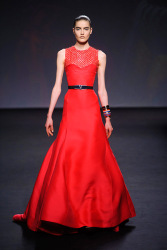 Trends_catwalk_yourself_AW13_scarlet_dior_4