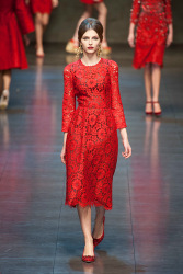 Trends_catwalk_yourself_AW13_scarlet_dolce_gabbana_4