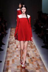 Trends_catwalk_yourself_AW13_scarlet_valentino_4