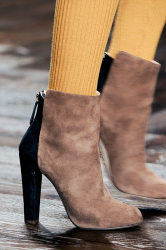 Trends_catwalkyourself_AW13_ankleboots_issa