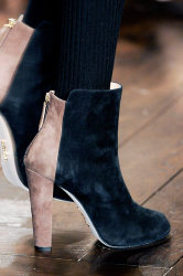 Trends_catwalkyourself_AW13_ankleboots_issa_3