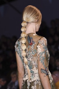 trends_catwalk_yourself_AW14_hair_valentino