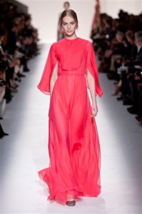 trends_catwalk_yourself_AW14_must_have_item_valentino