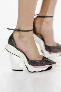 trends_catwalk_yourself_AW14_shoes_christian_dior