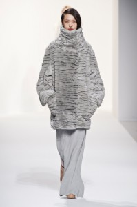 trends_catwalk_yourself_AW14_total_look_chalayan_1