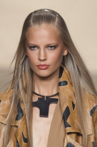 trends_catwalk_yourself_SS14_make_up_donna_karan