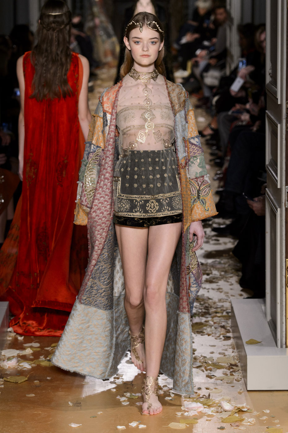 Valentino haute couture spring summer 2016 - Best runway shows ...