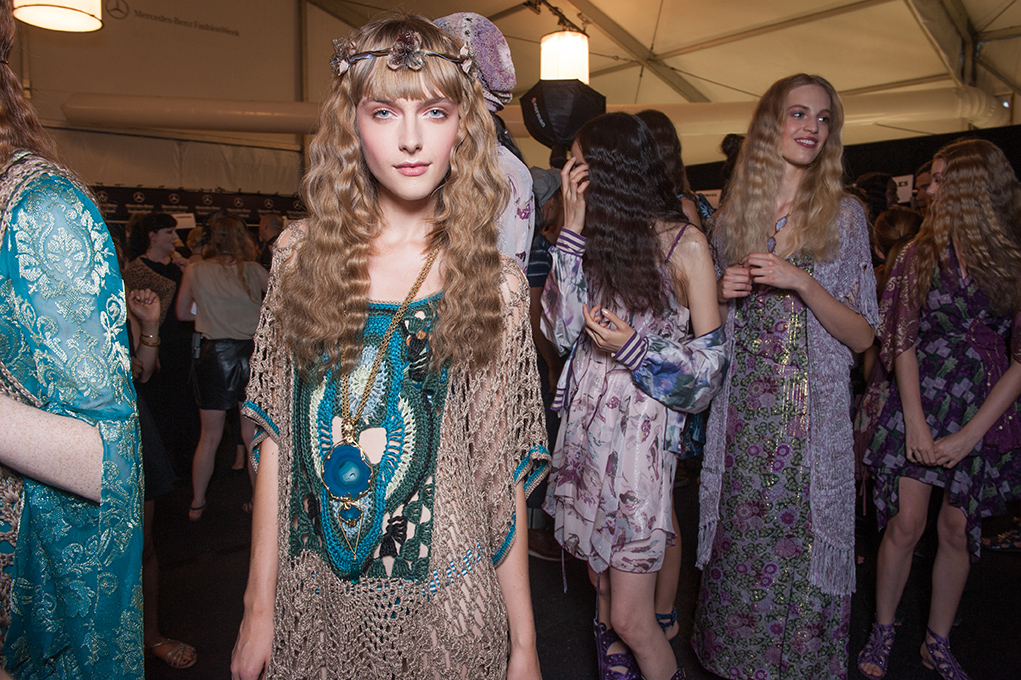 SS14 Backstage Image©Anna Sui